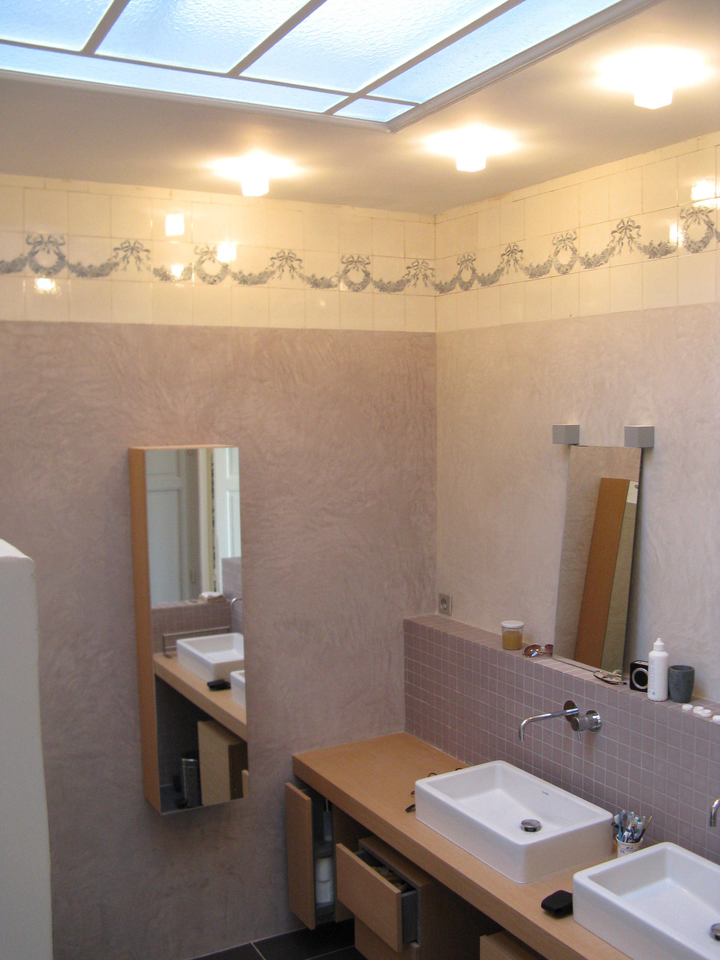 salle de bain enduit chaux stuqué - Haptik